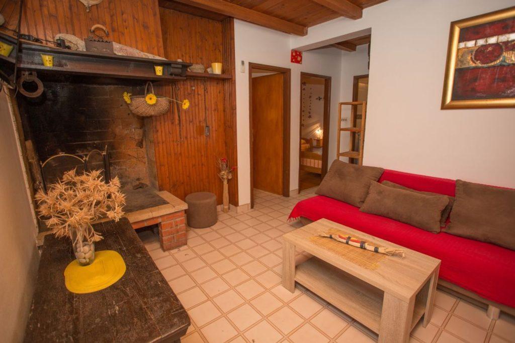 Apartment Milla, Zarace Bay, Hvar Island (11)