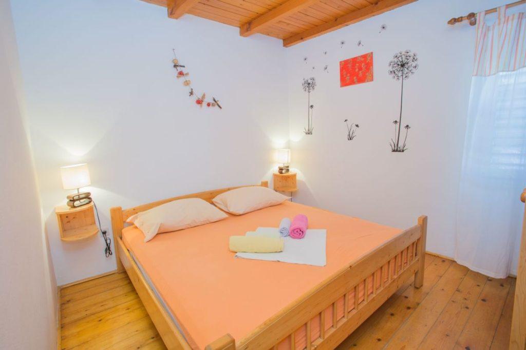 Apartment Milla, Zarace Bay, Hvar Island (4)