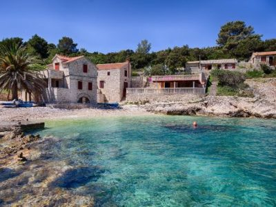 Villa-Silente,-Tiha-Bay,-Vis-Island-(4) TH