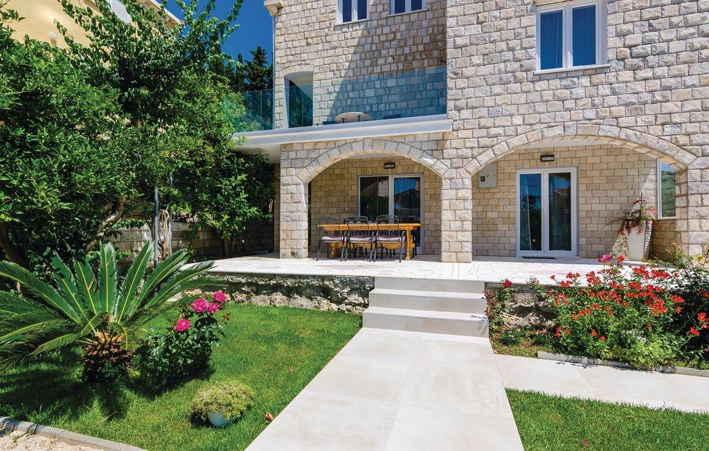 Villa Zaton, Zaton Bay, Dubrovnik Riviera (19)