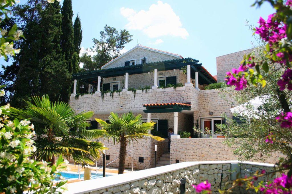 Villa-Dia,-Supetar,-Brac-Island-(3)