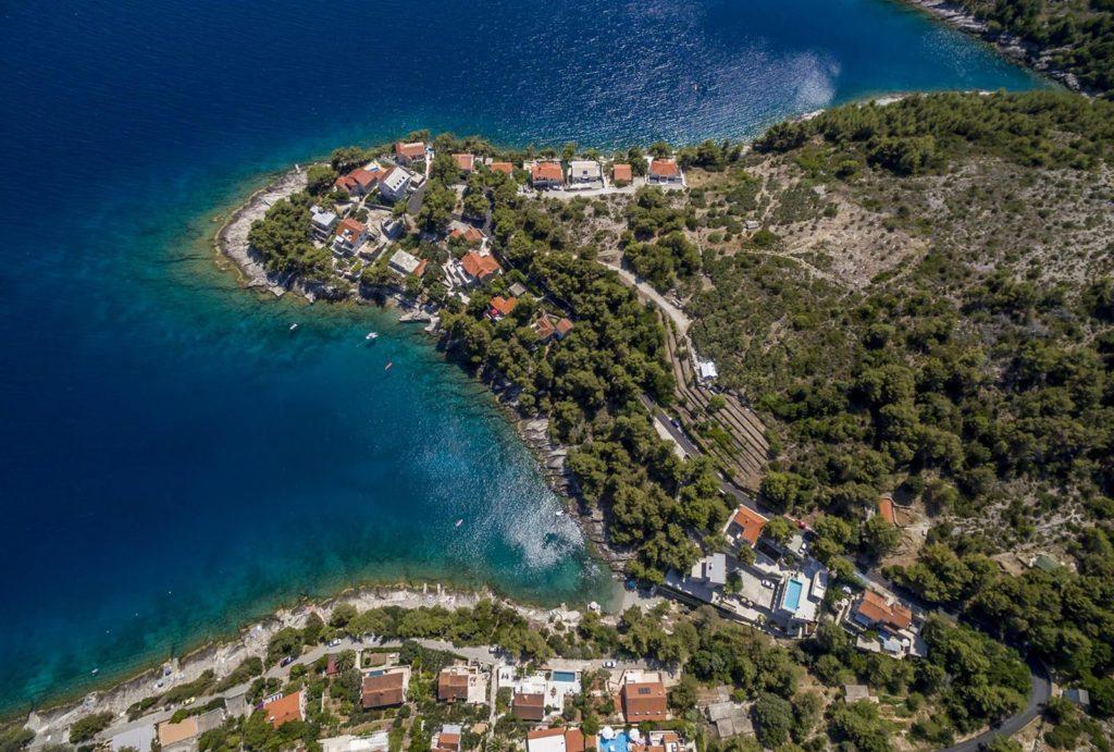 Villa-Mirela,-Sumartin-Bay,-Brac-Island-(1)