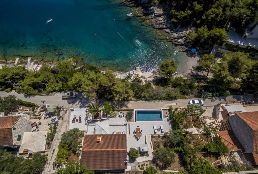 Villa-Mirela,-Sumartin-Bay,-Brac-Island-(14)